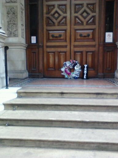 wreath-croydon-town-hall-steps-may-2012
